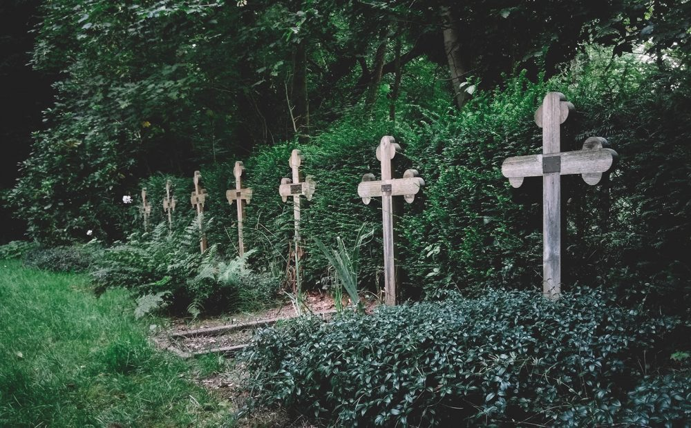 Behind the scenes at the crematorium and a tiny cemetery review (#7) – Nijmegen & Ubbergen – The Netherlands