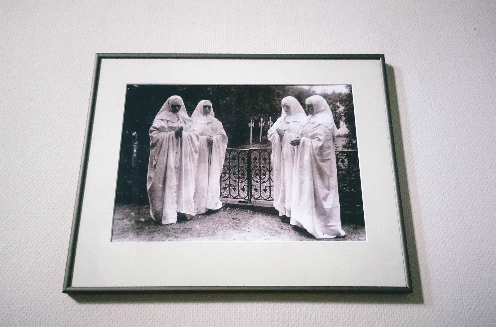 acourseindying_nijmegen_cemetery_ubbergen_refter_nuns_04-2