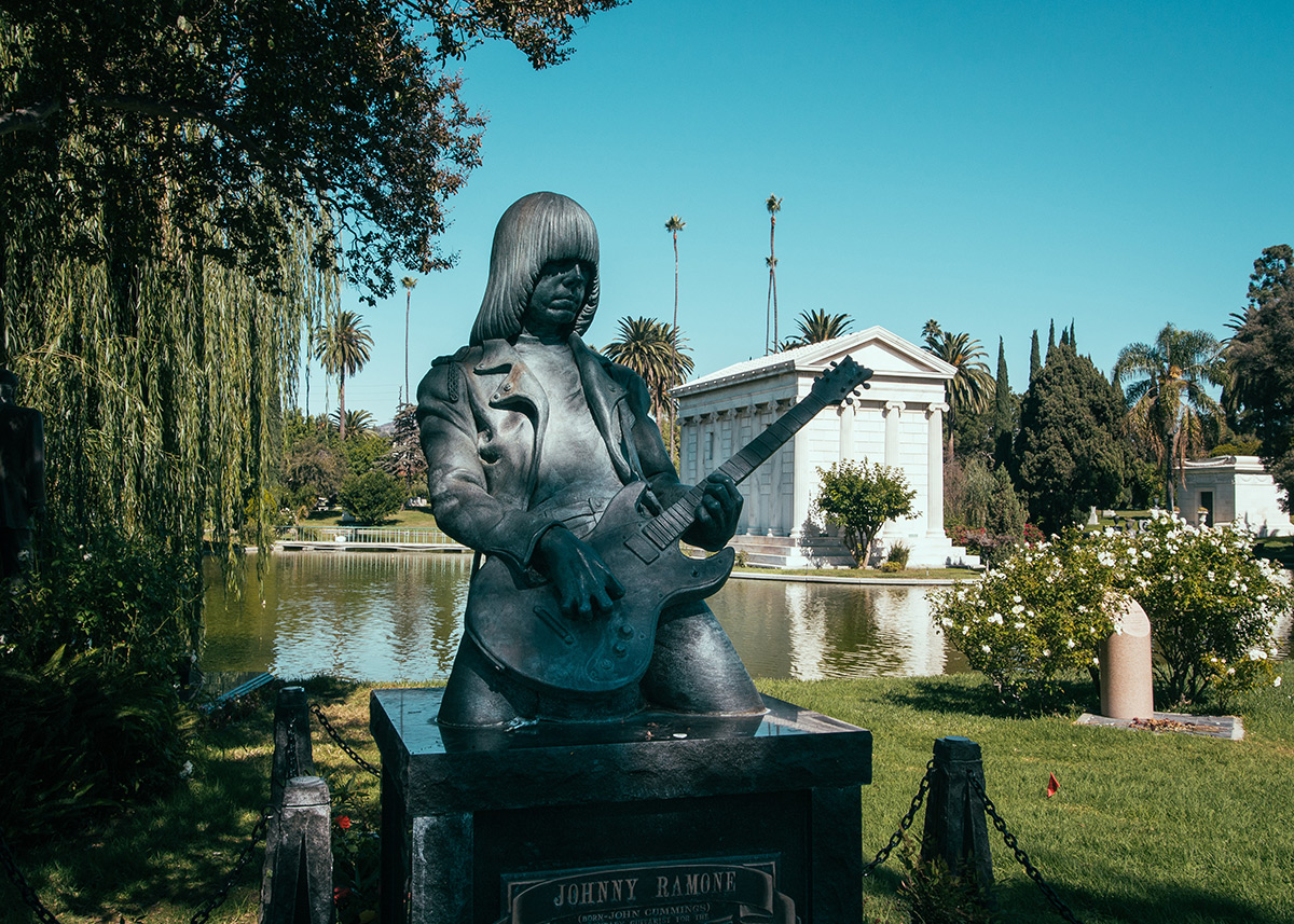 Cemetery Review #14 – Hollywood Forever Cemetery – Los Angeles – USA